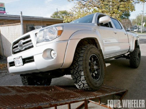Tacoma Coil-Over Lift Kit Skyjacker Platinum