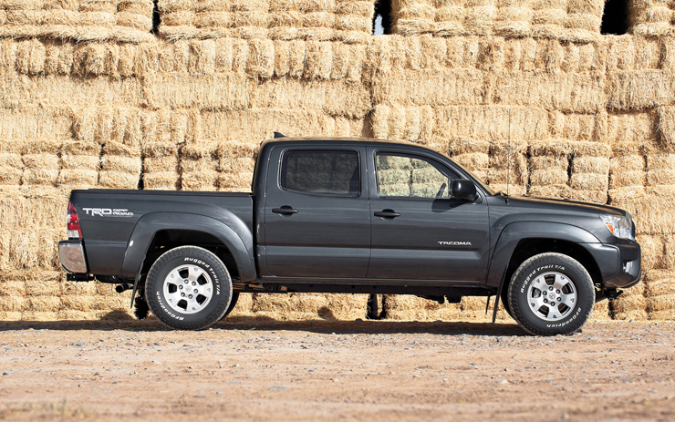 Toyota Tacoma 2013 Year End Sales Figures - Strong Year