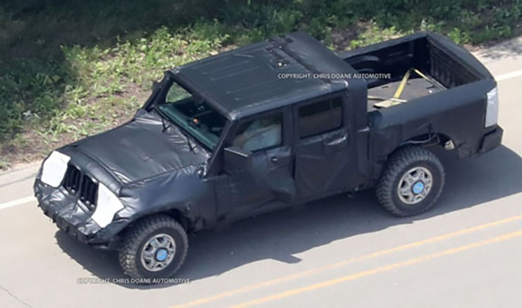 2019 Jeep Pickup Spied - Will There Be A Diesel-Powered Rubicon Edition?