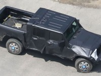 2019 Jeep Pickup Spied – Will There Be A Diesel-Powered Rubicon Edition?