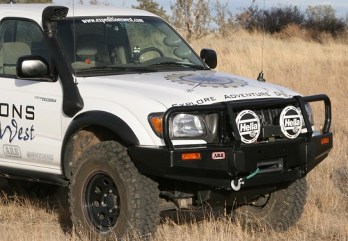 ARB Deluxe Bull Bar Toyota Tacoma