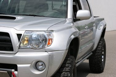 Glassworks Unlimited Front Fiberglass Fenders for the Toyota Tacoma