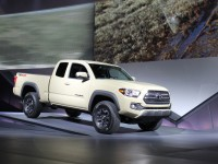 2016 Toyota Tacoma Debuts – Cautious Upgrade
