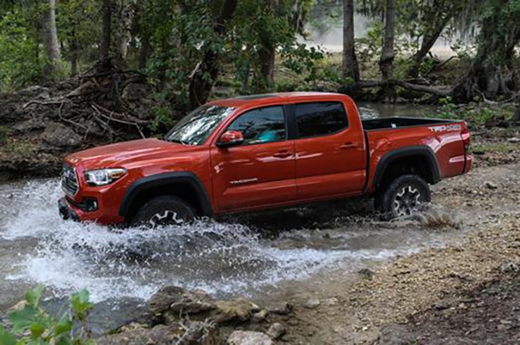 2016 Toyota Tacoma Wins Mid-Size Truck of Texas Award