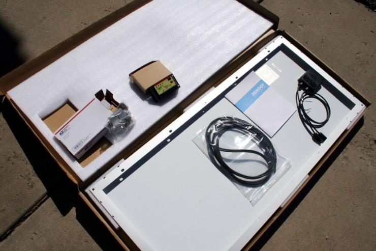 Renogy solar power charging kit