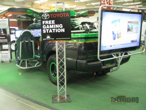 Toyota Tacoma gamer rear view