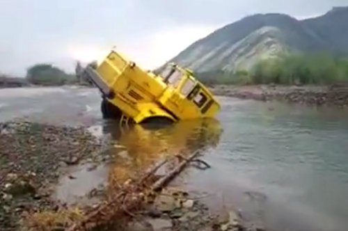 Tacoma Off-Roading Tip #68 – Stuck In The River is a Relative Term