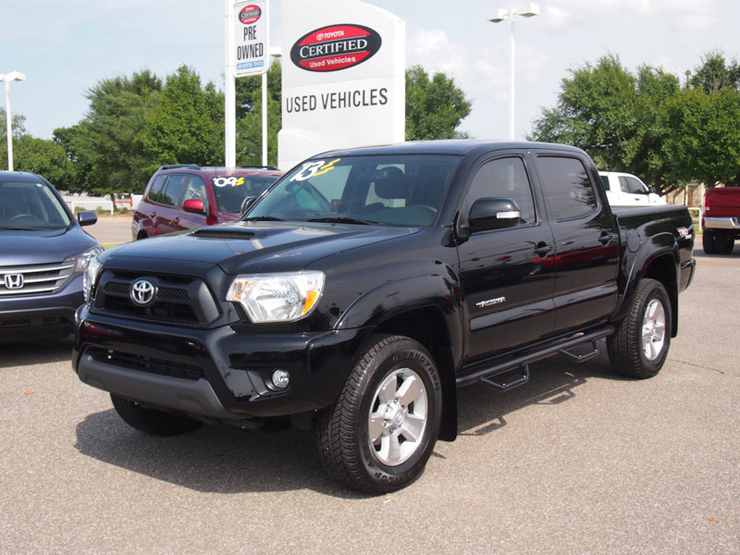 5 Tips for Buying a Used Toyota Tacoma